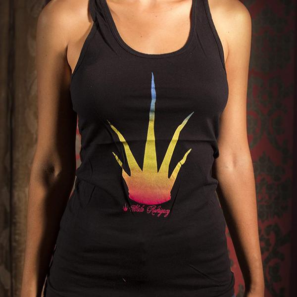 camiseta tirantes negra de Mala Rodríguez